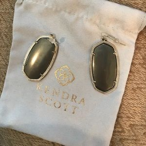 Kendra Scott Danielle Gold/Pyrite Earrings